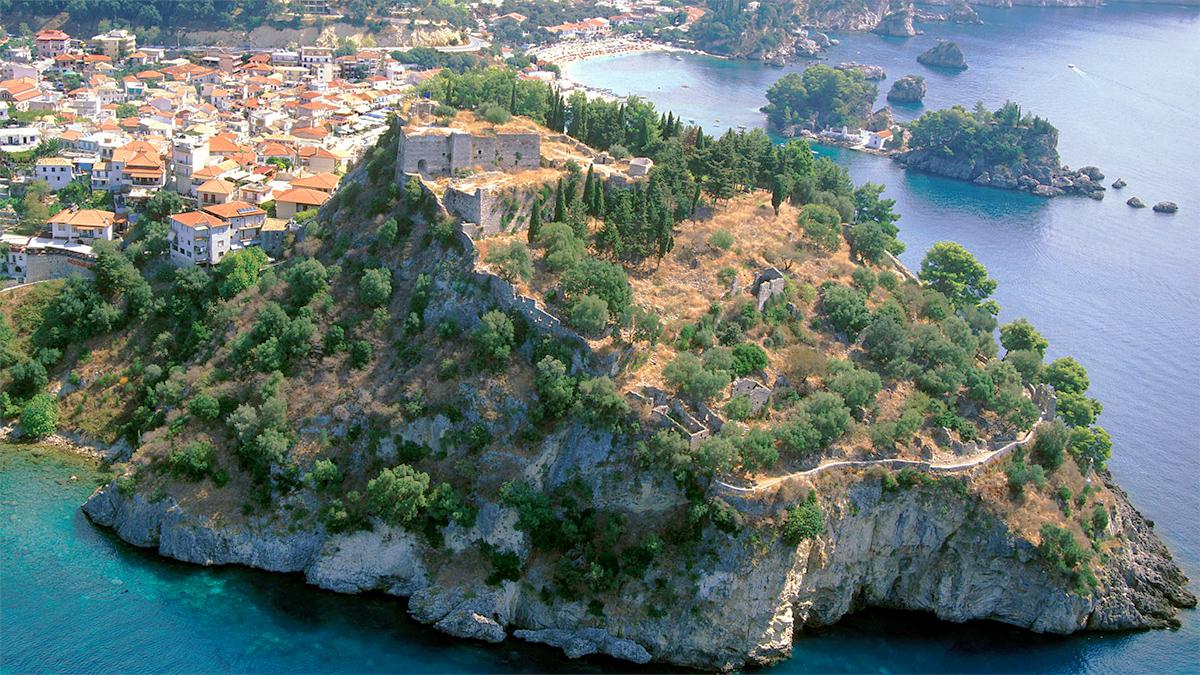 Το νησάκι της Παναγίας στην Πάργα